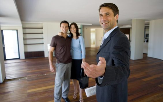 Real Estate Agent Vs Do It Yourself
